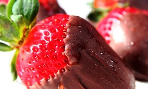 86284-795x604-Stawberries-Dipped-in-Chocolate.jpg